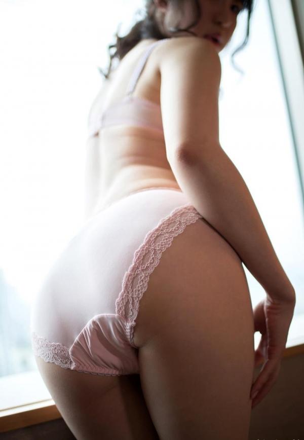 お尻のエロ画像 ヒップが綺麗な美女を集めた70枚の64枚目