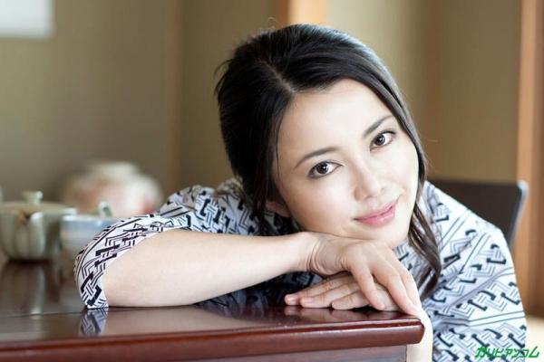 広瀬奈津美 人妻秘湯なされるがままの女体盛りエロ画像46枚のb01枚目