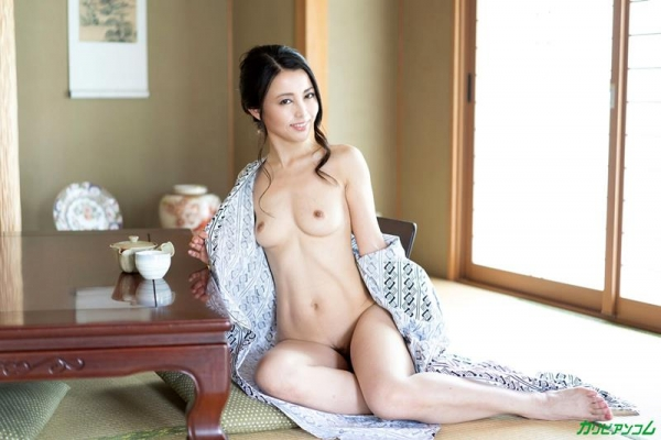 広瀬奈津美 人妻秘湯なされるがままの女体盛りエロ画像46枚のb03枚目
