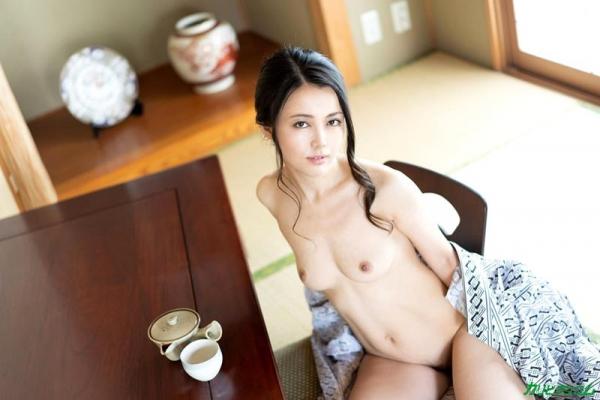 広瀬奈津美 人妻秘湯なされるがままの女体盛りエロ画像46枚のb05枚目