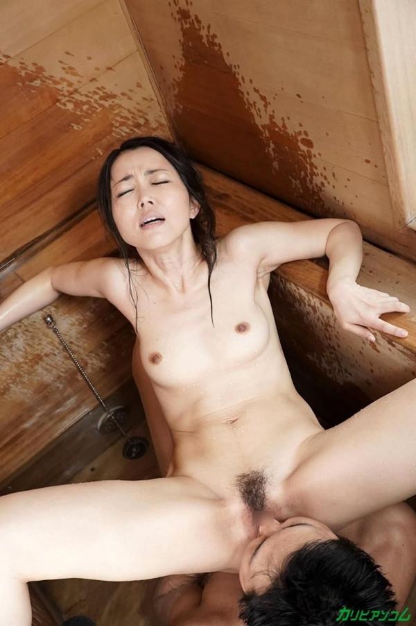広瀬奈津美 人妻秘湯なされるがままの女体盛りエロ画像46枚のb18枚目