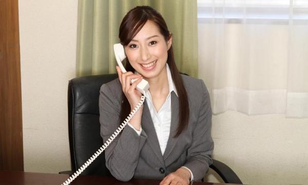 秘書のエロ画像 美人でセクシーで従順な女達72枚のa001枚目