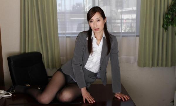 秘書のエロ画像 美人でセクシーで従順な女達72枚のa003枚目