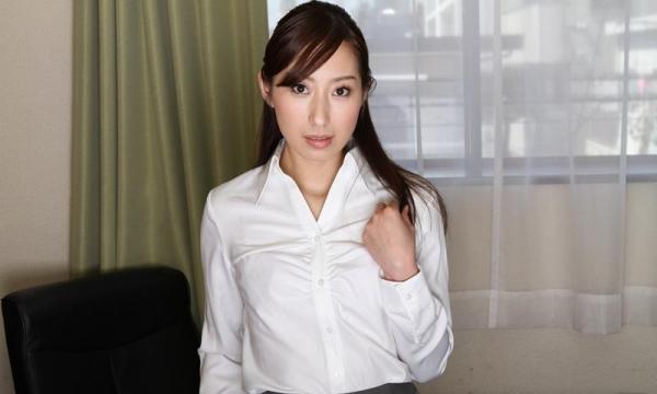 秘書のエロ画像 美人でセクシーで従順な女達72枚のa005枚目