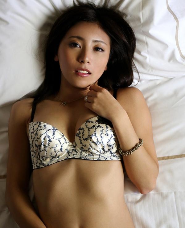 セレブな人妻 佐藤楓(仁美まどか)エロ画像100枚の014枚目
