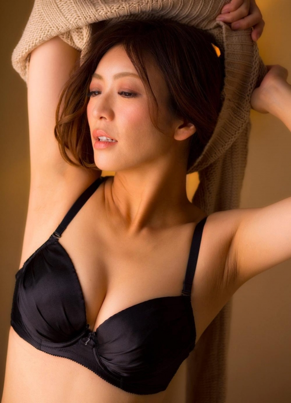 美熟女ヌード画像 瞳リョウ四十路美裸身131枚の055枚目