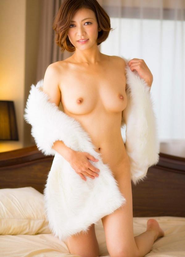 美熟女ヌード画像 瞳リョウ四十路美裸身131枚の097枚目