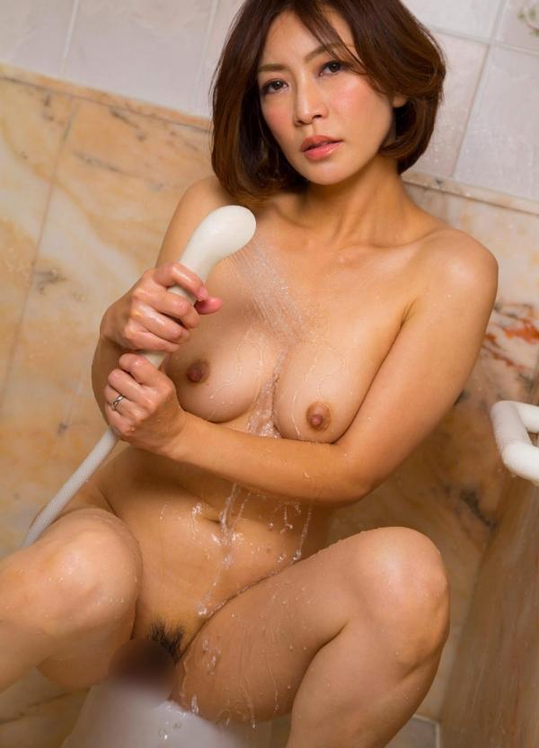 美熟女ヌード画像 瞳リョウ四十路美裸身131枚の114枚目