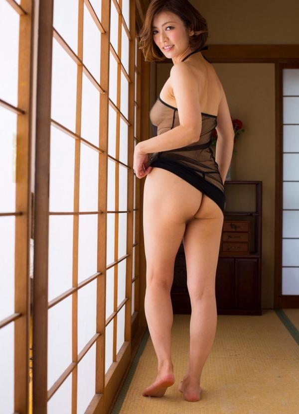 瞳リョウ 四十路美熟女の妖艶着物ヌード120枚の68枚目