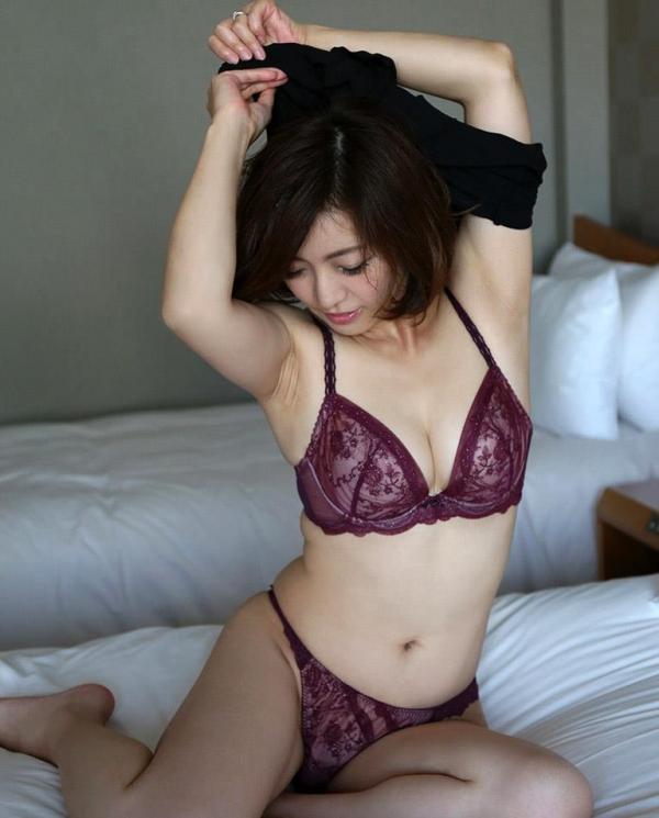 瞳リョウ 美熟女のセックス画像とヌード130枚のb07枚目