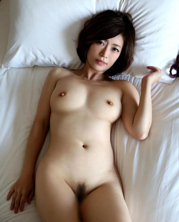 瞳リョウ 美熟女のセックス画像とヌード130枚のb10枚目