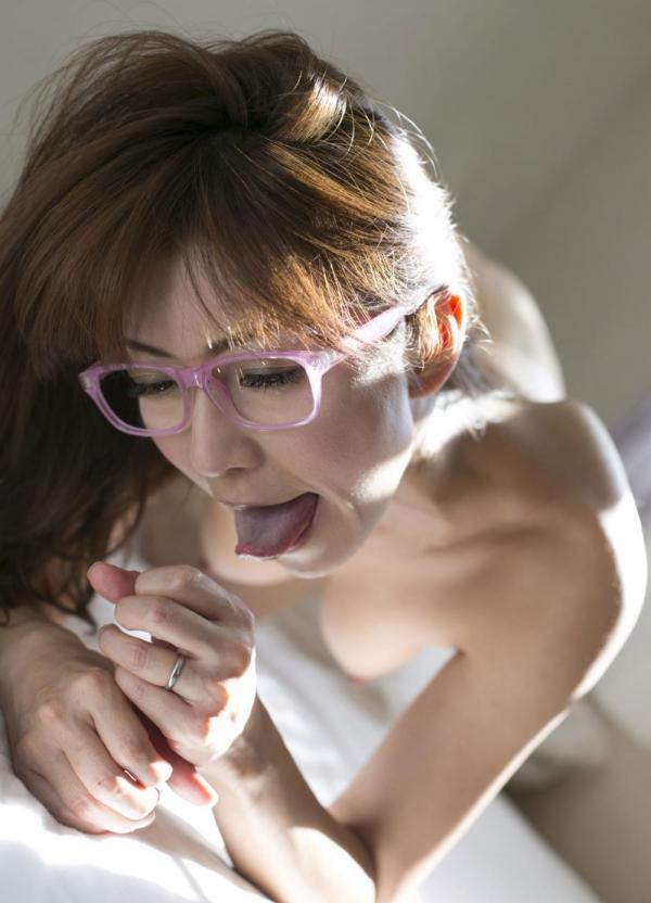 瞳リョウ 美熟女のセックス画像とヌード130枚のc098枚目