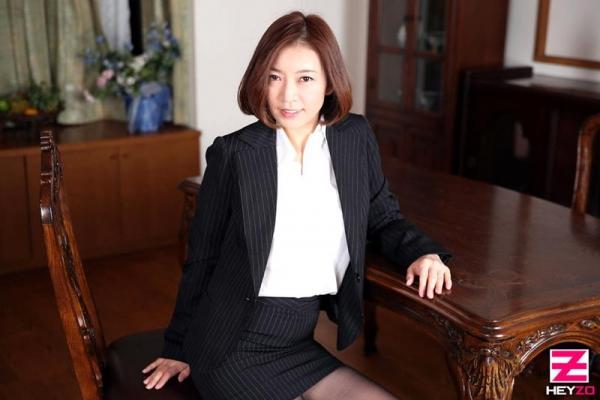 美乳熟女の淫靡な誘い HITOMI  (瞳リョウ)エロ画像33枚のb02枚目