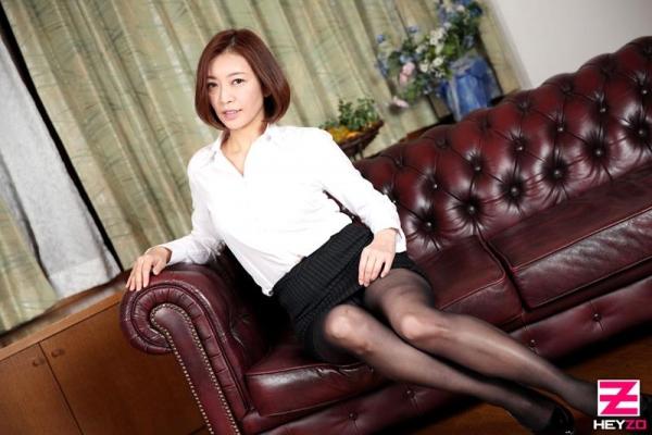 美乳熟女の淫靡な誘い HITOMI  (瞳リョウ)エロ画像33枚のb03枚目