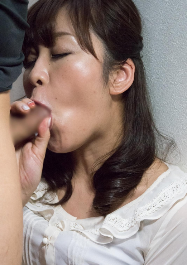 人妻エロ画像 三十路の奥様淫乱セックス120枚の056枚目