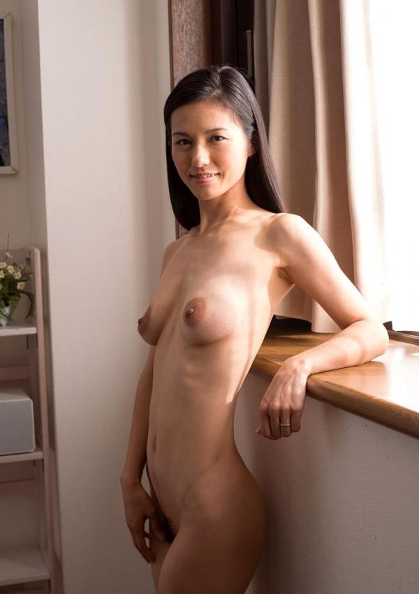 人妻エロ画像 細身な三十路奥様のセックス110枚の024枚目