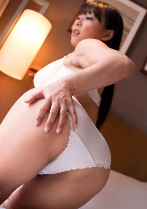 熟女エロ画像 豊満な40代奥様のセックス110枚の011枚目