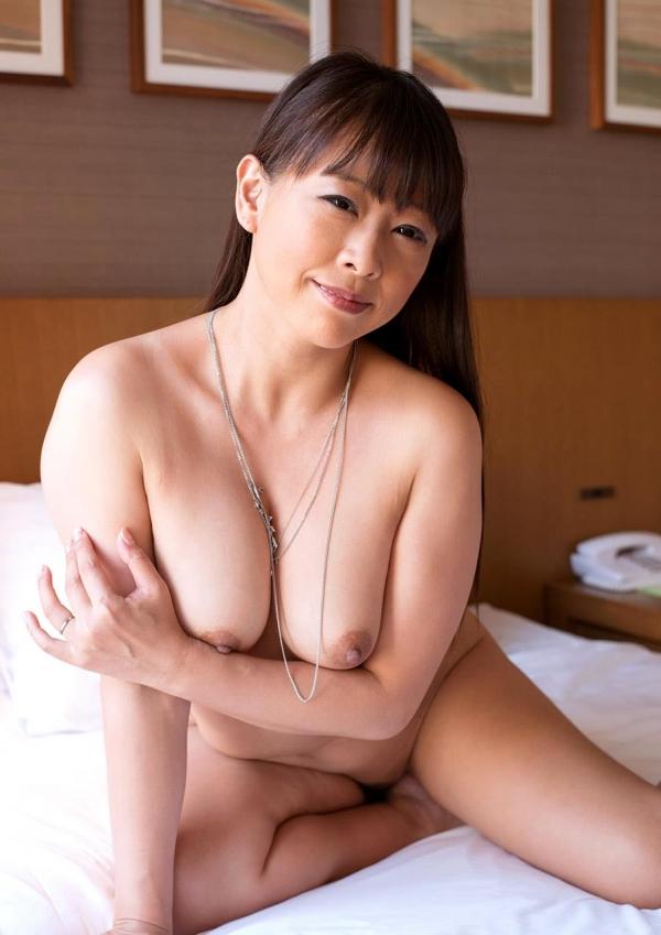 熟女エロ画像 豊満な40代奥様のセックス110枚の022枚目