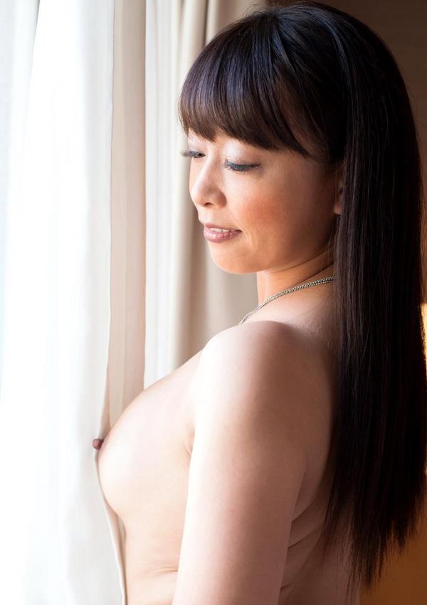 熟女エロ画像 豊満な40代奥様のセックス110枚の026枚目