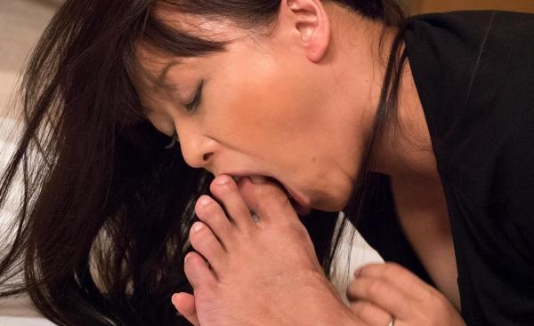熟女エロ画像 豊満な40代奥様のセックス110枚の058枚目