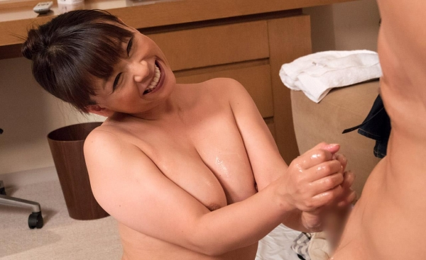 熟女エロ画像 豊満な40代奥様のセックス110枚の071枚目