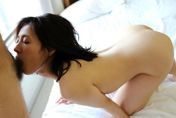 セレブな人妻達の性欲解消 秘密の情事エロ画像100枚の059枚目