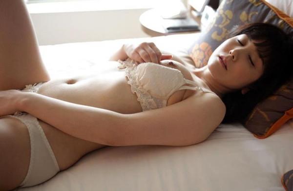 セレブな人妻達の性欲解消 秘密の情事エロ画像100枚の073枚目