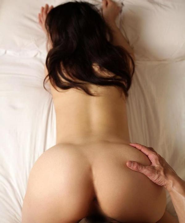 セレブな人妻達の性欲解消 秘密の情事エロ画像100枚の085枚目