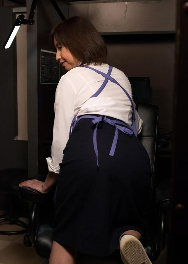 熟女エロ画像 四十路妻神崎久美のセックス110枚の007枚目