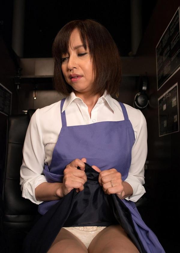 熟女エロ画像 四十路妻神崎久美のセックス110枚の009枚目