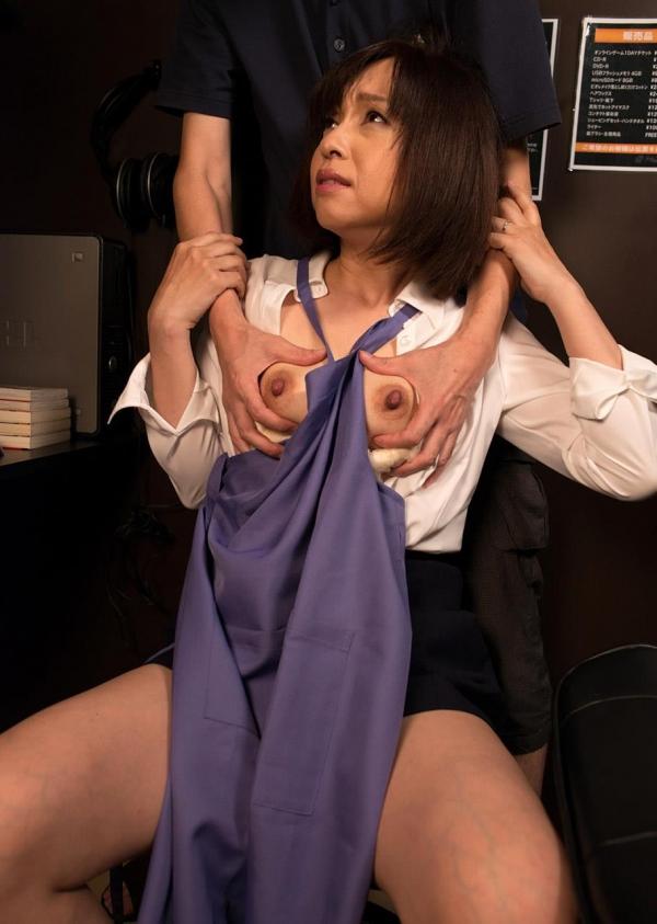 熟女エロ画像 四十路妻神崎久美のセックス110枚の040枚目
