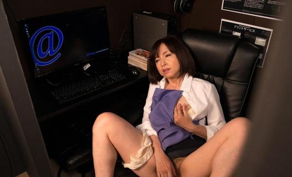 熟女エロ画像 四十路妻神崎久美のセックス110枚の051枚目