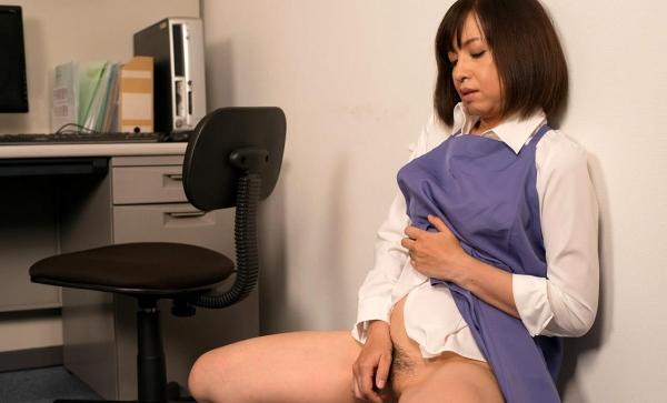 熟女エロ画像 四十路妻神崎久美のセックス110枚の065枚目