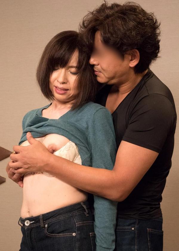 熟女エロ画像 四十路妻神崎久美のセックス110枚の076枚目