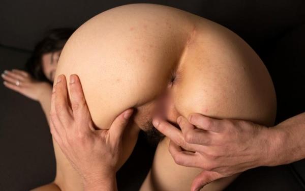 淫乱な人妻が夫以外のチンコで連続イキしてるハメ撮り画像110枚の058枚目