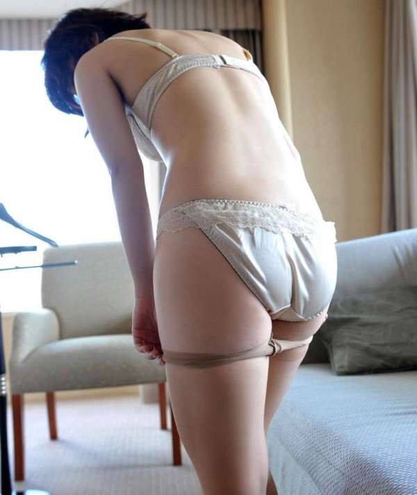 若妻寝取り 微乳のミセス中村佑香セックス画像65枚の009枚目