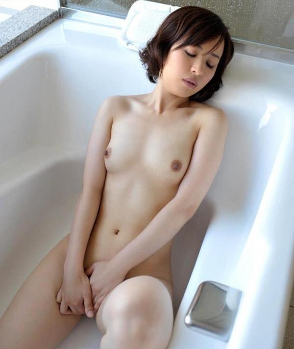 若妻寝取り 微乳のミセス中村佑香セックス画像65枚の024枚目