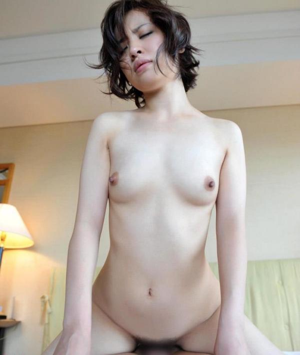 若妻寝取り 微乳のミセス中村佑香セックス画像65枚の040枚目