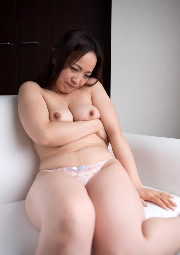 人妻セックス画像 豊満な淫乱エロ主婦百合恵132枚の016枚目