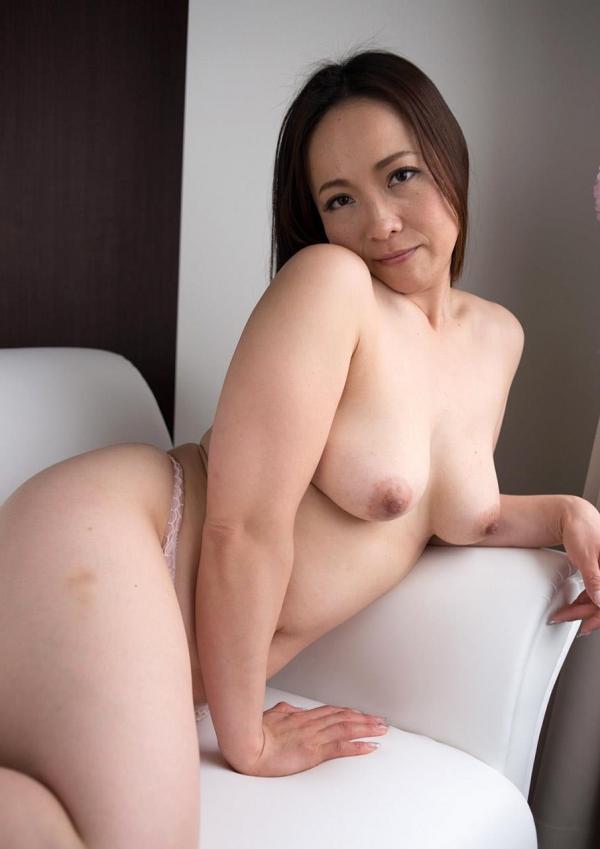 人妻セックス画像 豊満な淫乱エロ主婦百合恵132枚の018枚目