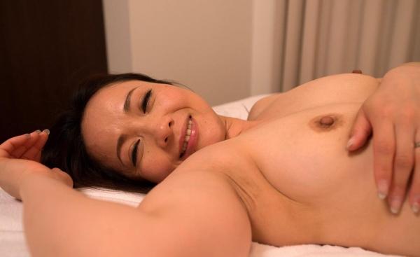人妻セックス画像 豊満な淫乱エロ主婦百合恵132枚の122枚目