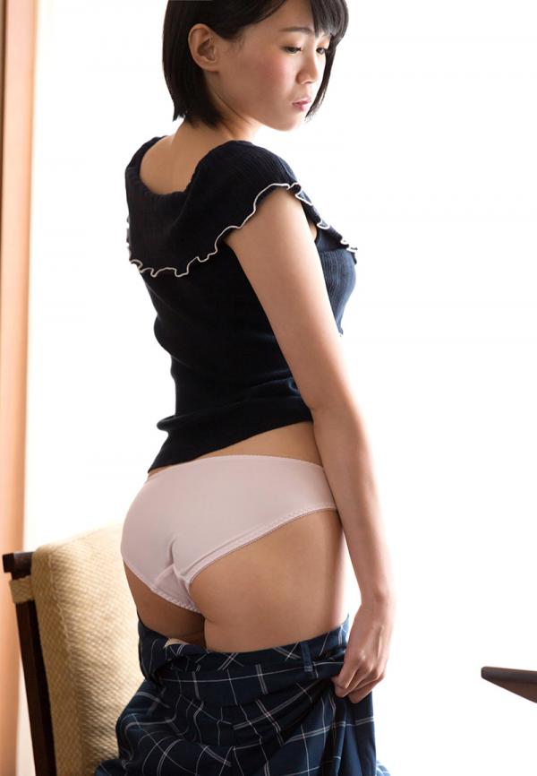 朝長ゆき(本田るい)内気な美少女のエロ画像43枚の006枚目