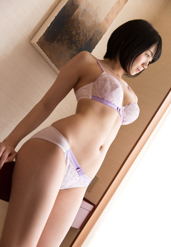 朝長ゆき(本田るい)内気な美少女のエロ画像43枚の2