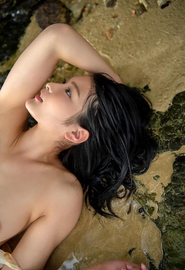 本庄鈴 清楚な顔立ちの色白美女ヌード画像165枚の030枚目