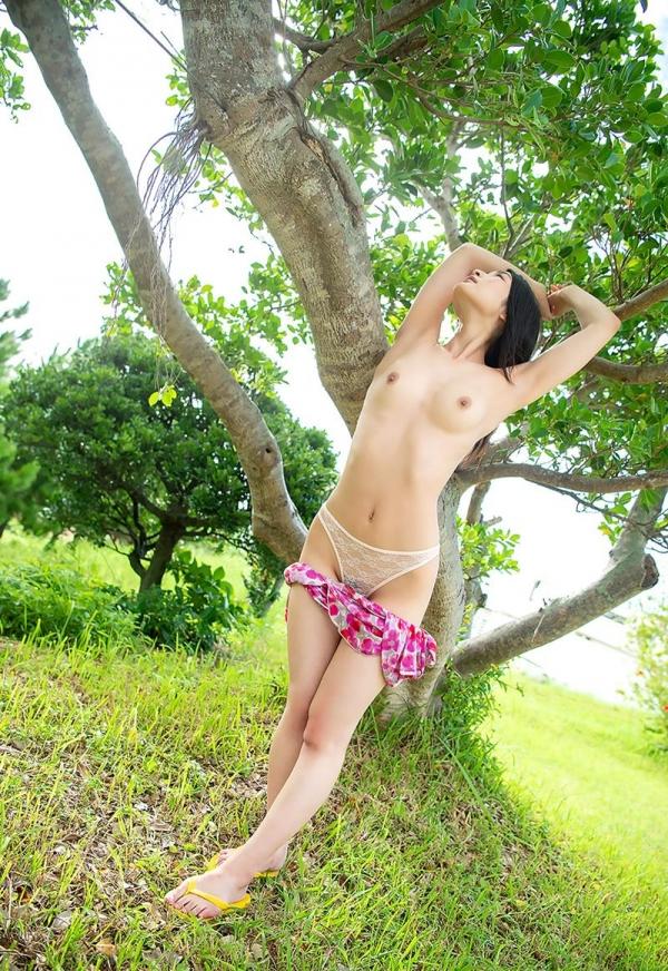 本庄鈴 清楚な顔立ちの色白美女ヌード画像165枚の049枚目