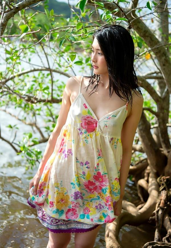 本庄鈴 清楚な顔立ちの色白美女ヌード画像165枚の117枚目