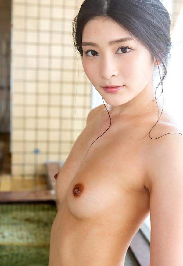 スレンダー美人本庄鈴の艶肌しっとり入浴画像42枚のb05枚目