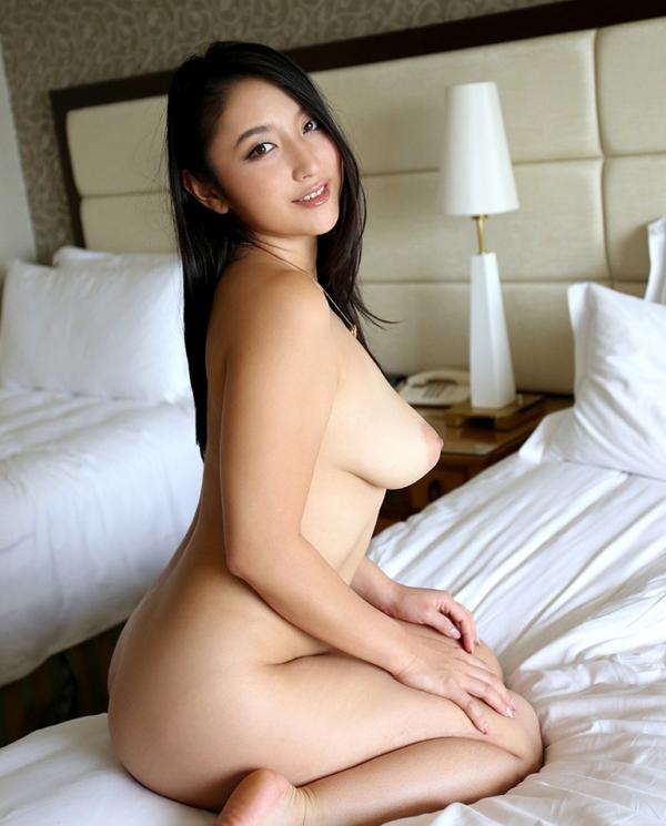 本真ゆり(陣内ゆりえ)巨乳なむっちり美女エロ画像56枚のb014枚目