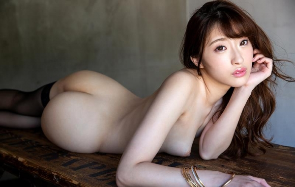 星宮一花(ほしみやいちか)色白美肌ヌード画像130枚の071枚目