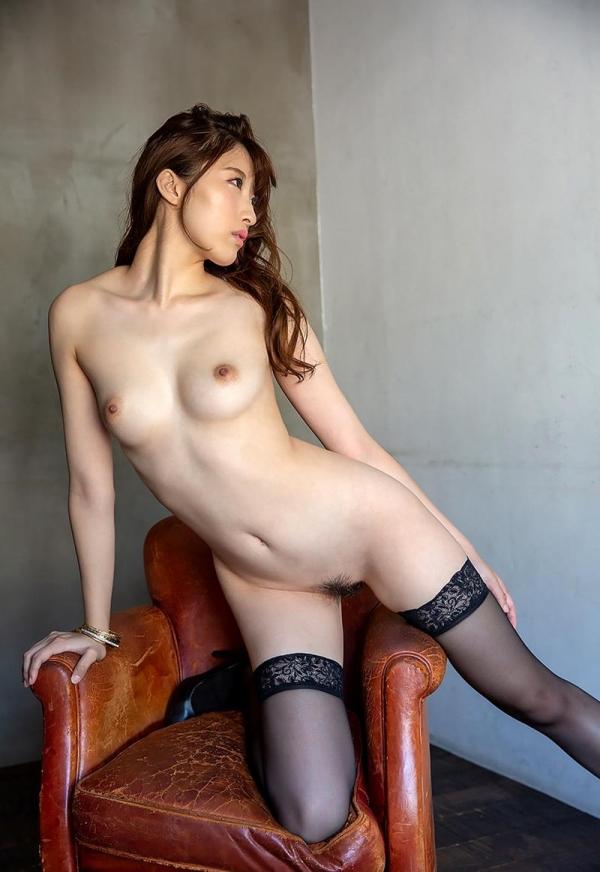 星宮一花 スレンダー美乳の美白お嬢様ヌード画像125枚の2
